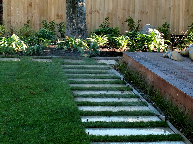 Oderings landscaping garden maintenance and watering is for Garden maintenance christchurch
